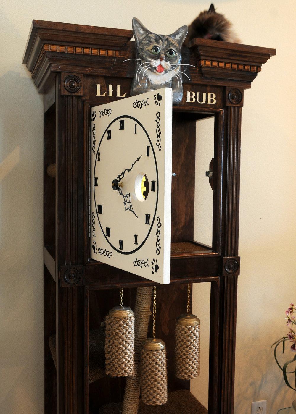 Sq-Paws-Bub-Clock-006.JPG