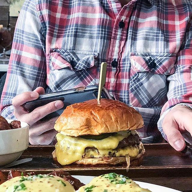 It's hard not to stop and take in the Presidio Double Burger, especially when it's only $15 for a burger, @anchorbrewing beer and shot of fernet every Tuesday 🍔 🍺 #presidiochicago  ___ 📷: @supervicky55 . . . . . #Chicago #Bucktown #WickerPark #burger #cheeseburger #burgerporn #🍔 #chicagobars #chicagofood #likefoodchicago #igerschicago #chigram #mychicagopix #chicagofood #chicagofoodauthority #likefoodchicago #infatuationchi #eaterchicago #alwayshungrychi #312food #sokophoto #chicagofooddude