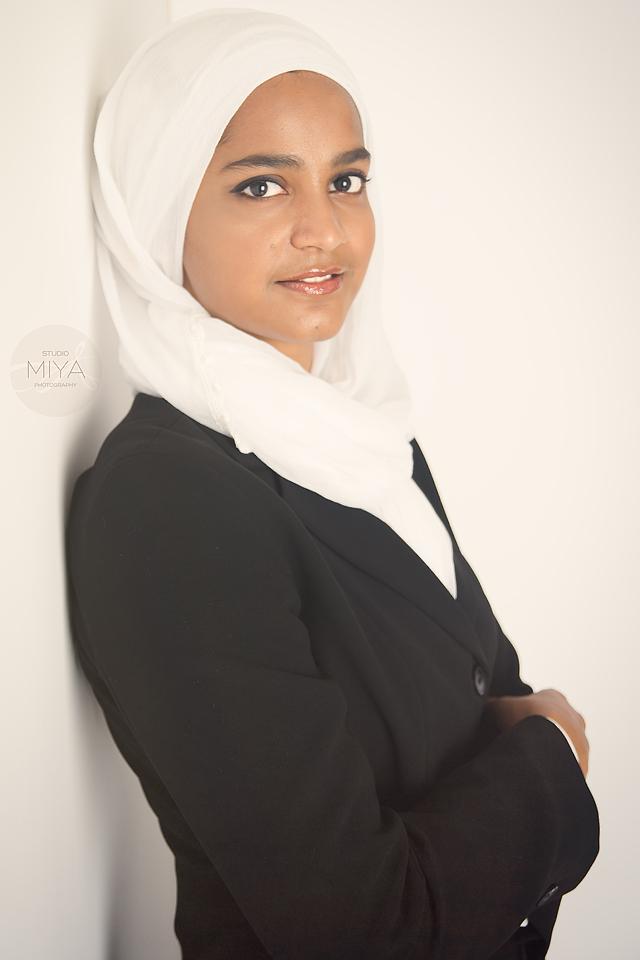 Portrait_SalehaJabeen_web_02.JPG