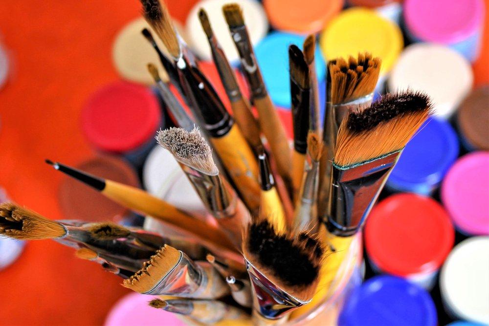 brush-2847613.jpg