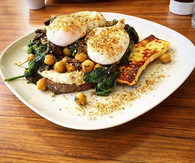 Come say g'day to Dukkah Eggs and all her beaut mates 👋🏻👋🏻 brunch and shakes til 2pm ☀️🍴 #babooshka #northbridge #breakfast #pertheats #perthbreakfast #perthisok #perth #justanotherdayinwa #brunch #westernaustralia #milkshakes #smoothies #lunch #foodporn Regram @dotinperth 💖💕