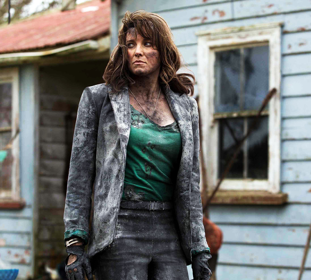 Lucy Lawless in Ash vs Evil Dead