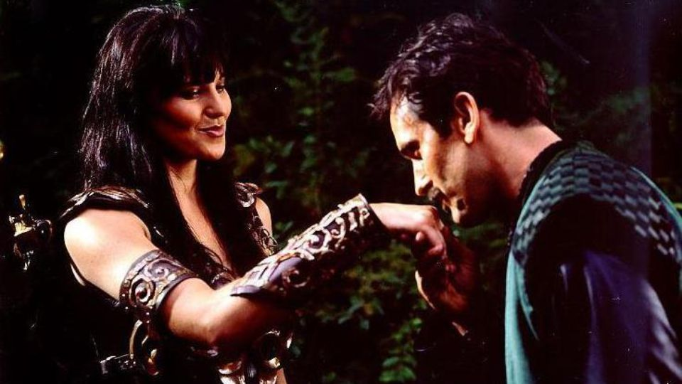 Ash charming Xena Warrior princess in a different universe ;)