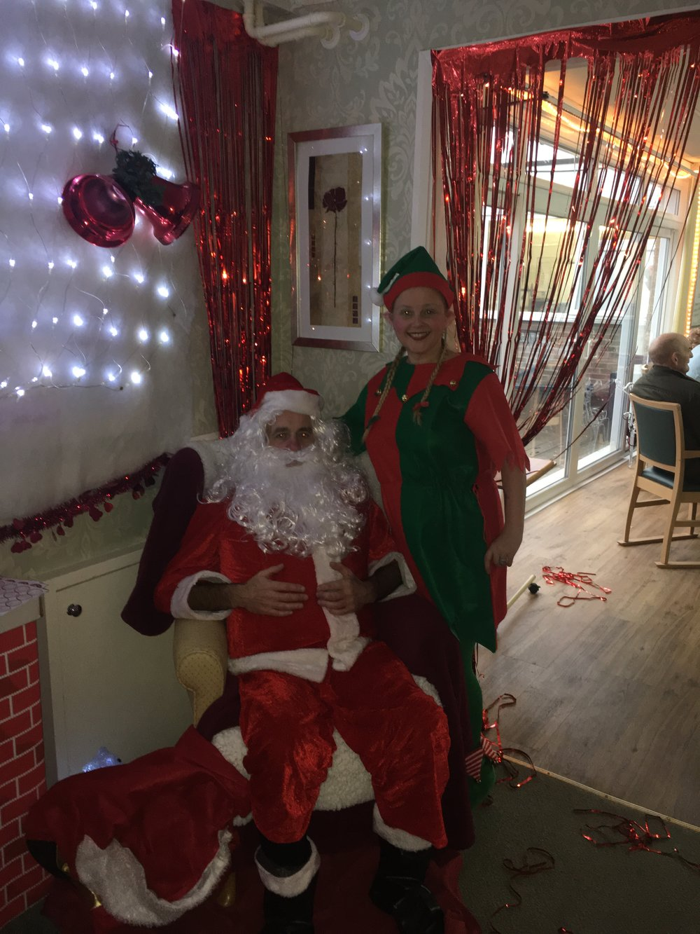 santa and the elf.jpg