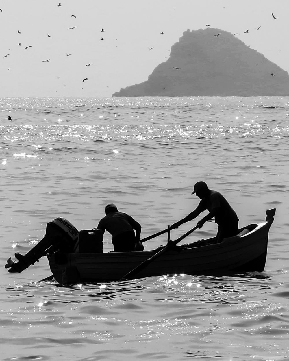 Peruvian fishermen.jpg