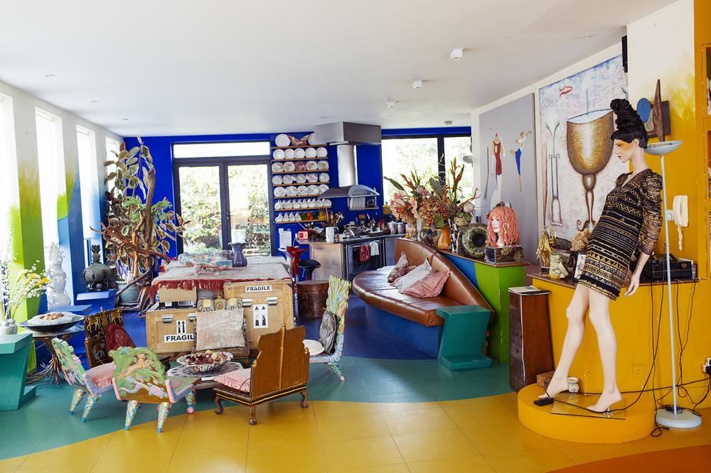 Zandra-Rhodes-home-studio