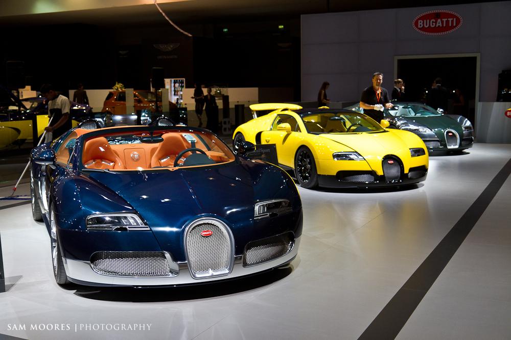 SMoores_11-11-10_Dubai-Motor-Show_0006.jpg