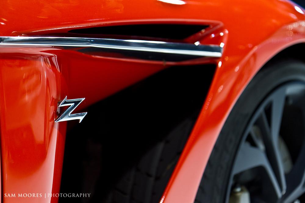 SMoores_11-11-10_Dubai-Motor-Show_0070.jpg