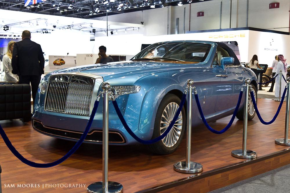 SMoores_11-11-10_Dubai-Motor-Show_0098-1.jpg