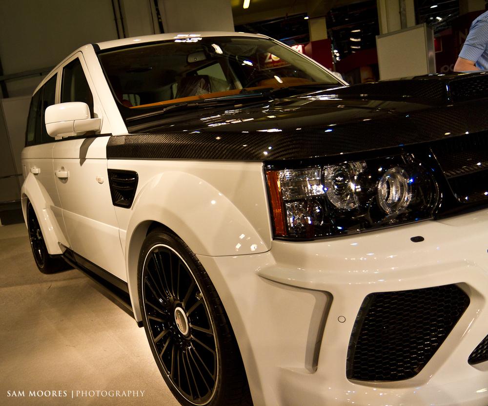 SMoores_11-11-10_Dubai-Motor-Show_0326-1.jpg