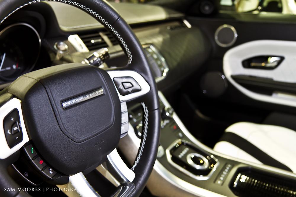 SMoores_11-11-10_Dubai-Motor-Show_0462-1.jpg