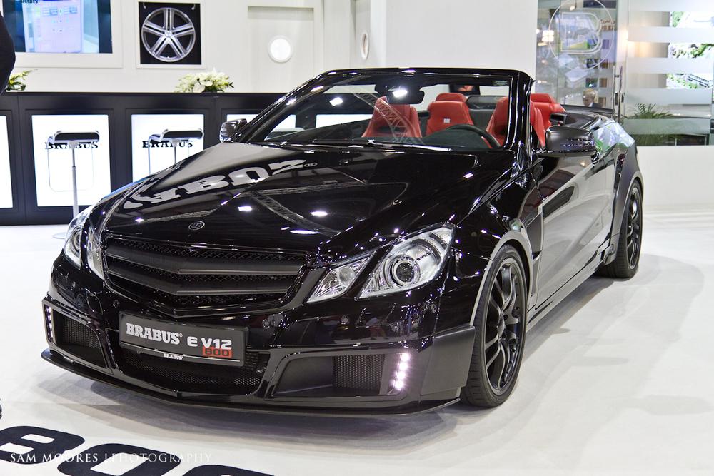SMoores_11-11-10_Dubai-Motor-Show_0472-1.jpg