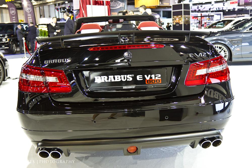 SMoores_11-11-10_Dubai-Motor-Show_0474-1.jpg