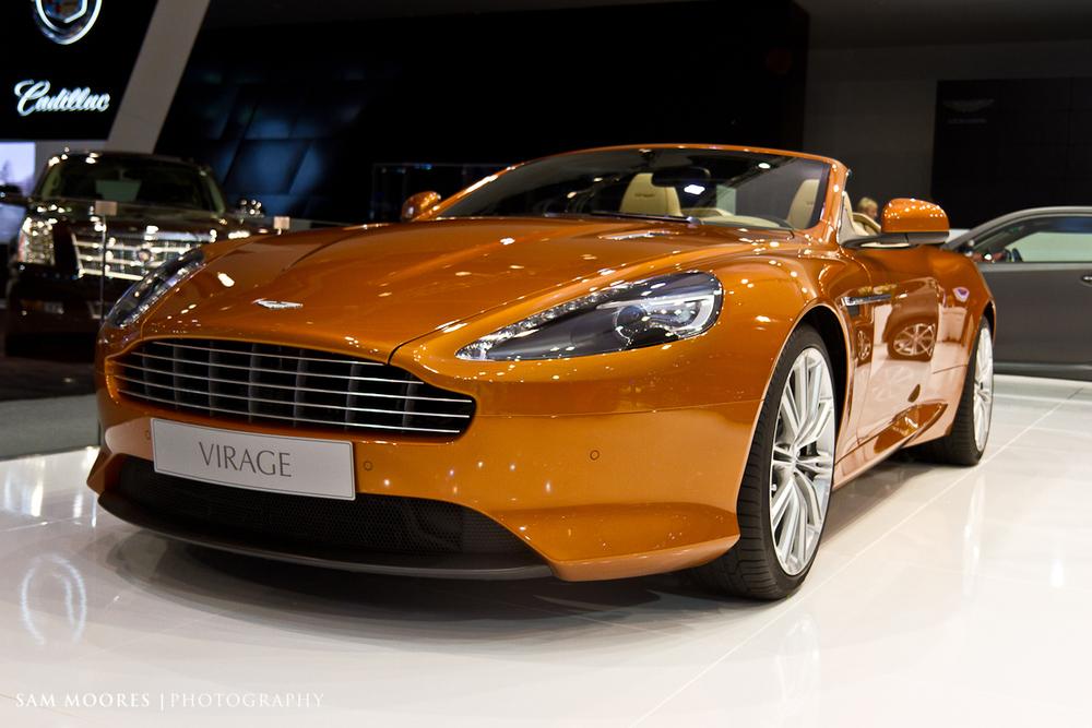 SMoores_11-11-10_Dubai-Motor-Show_0819.jpg