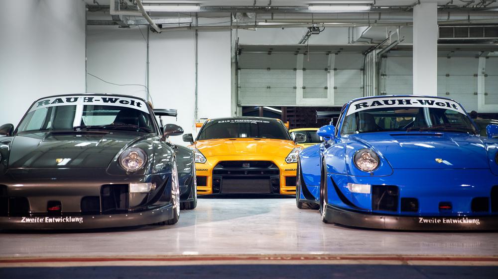 Rauh-Welt RWB Porsche Liberty Walk GTR Nissan