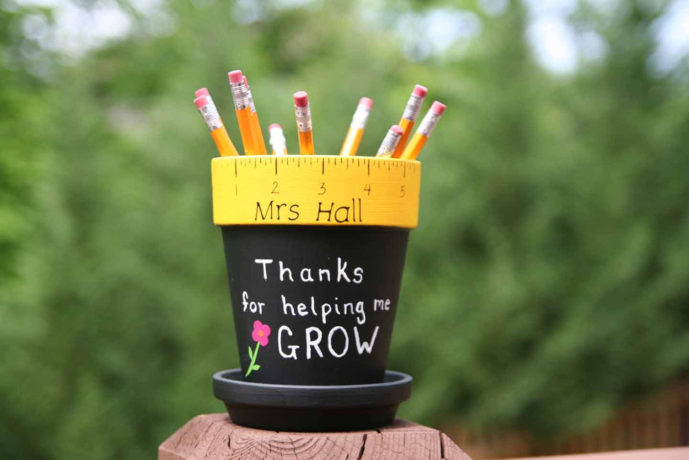 This personalized pencil holder is available for $15.00 on Etsy.