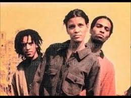 Hip-hop poets par excellence, the Digable Planets.