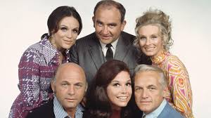 Clockwise from upper left: Valerie Harper, Ed Asner, Cloris Leachman, Ted Knight, Mary Tyler Moore, Gavin McCloud.  Image via  abcnews.go.com .