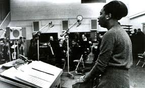 Simone in the studio.  Image via ninasimone.com.