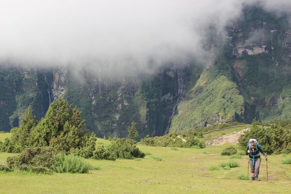 A caminho do Everest View, a 3880 metros de altitude, no dia de aclimatação em Namche Bazar.