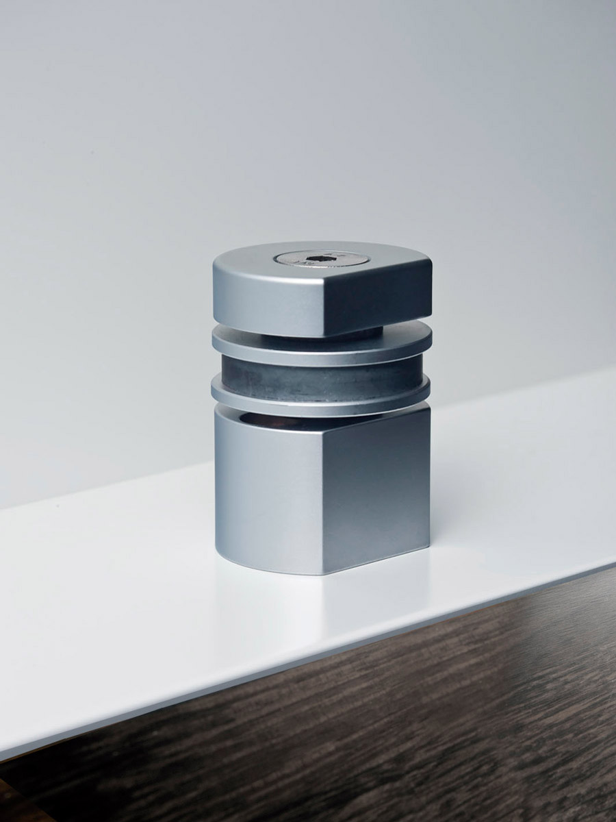 HB 710 : Magnetic Door Stop