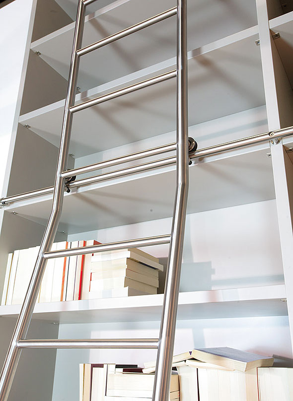 SL6040_Tangens_ExtraTall_Ladder_install.jpg