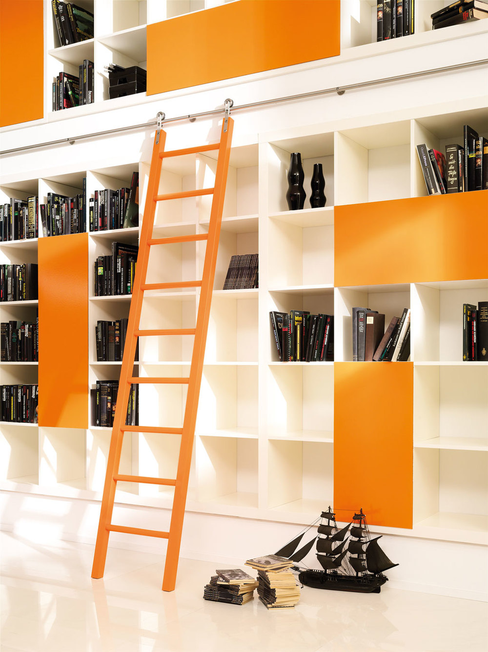 MWE_SL.6030_FullLadder1_orange.jpg