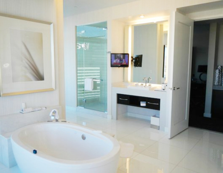 aria-sky-suites-penthouse-bathroom-1.jpg