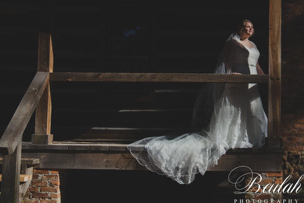 Moore Bridals-19.jpg