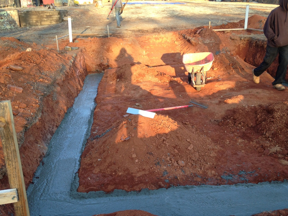 just poured footer.JPG