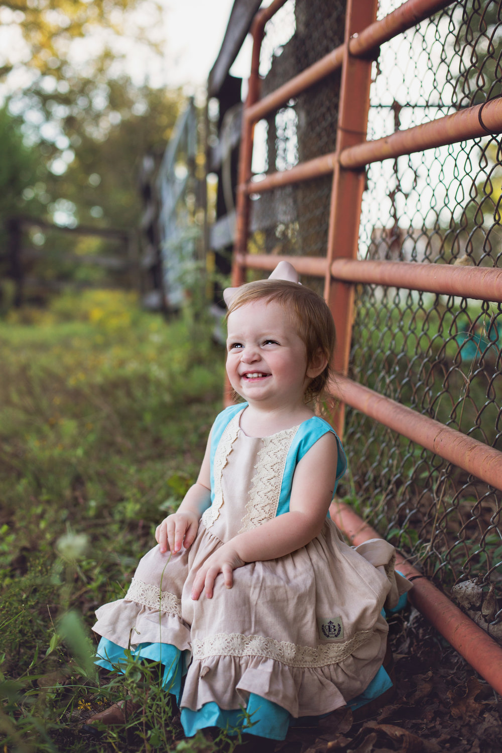 """""""THE BEST!! My family and I love Lindsey and her staff. She always goes above and beyond to make sure she gets the best pics possible of my toddler baby. And if any of you mommas have babies, you understand how difficult that can be. Keep up the good work, Lindsey! """" - Casey Stewart"""