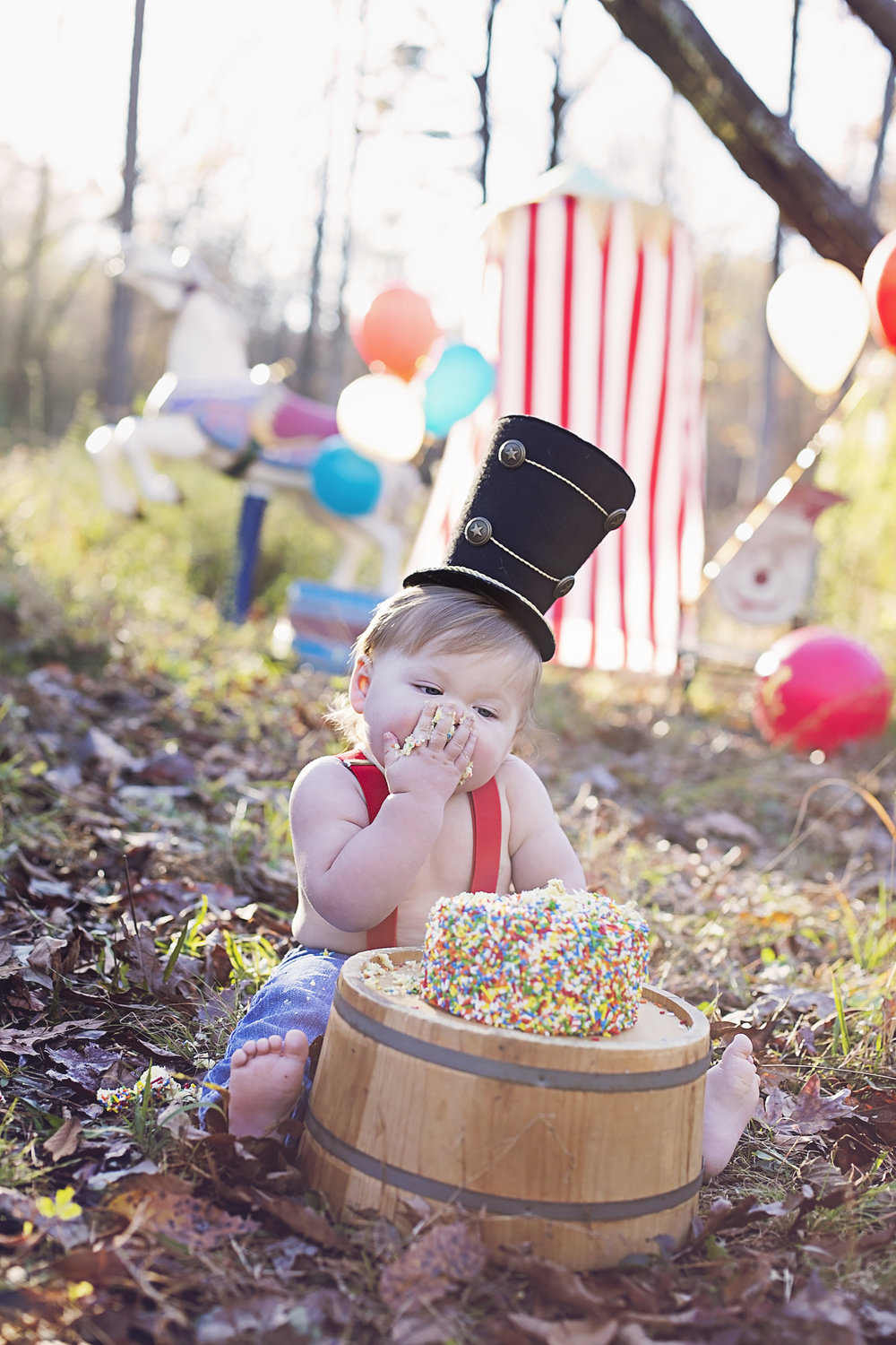 """""""We just had our 1 year cake smash for Davis and I cannot wait to see the photographs she took! Lindsey and Ethan are so accommodating and do whatever it takes to go above and beyond our expectations! Thank you so much from the bottom of my heart for putting up with our crazy crew and all of our shenanigans!""""  - Mollie Price"""
