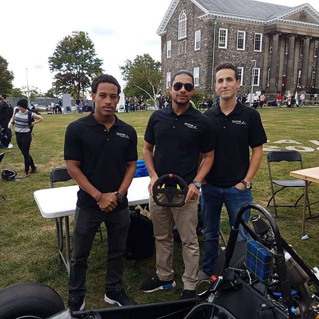Amazing day at the @dalhousie_university society fair promoting the team to new members! Great to meet everyone and show them around the car. We even had a special test driver show up to do a seat fitting. Looks like some adjustments need to be made for you, Tiger!