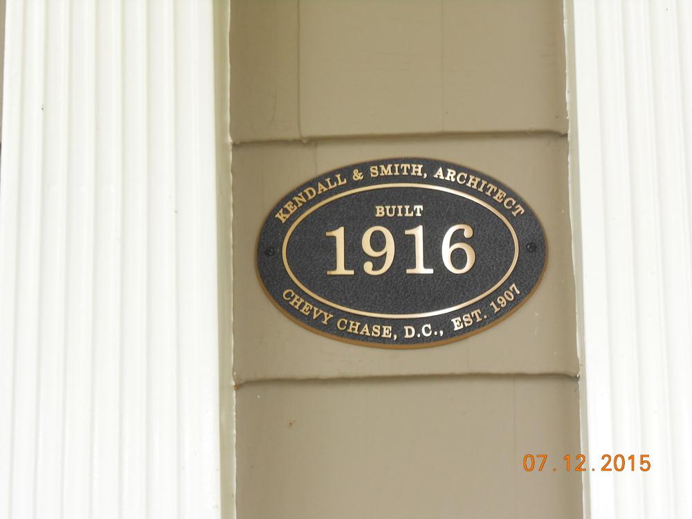 3700 Morrisson St