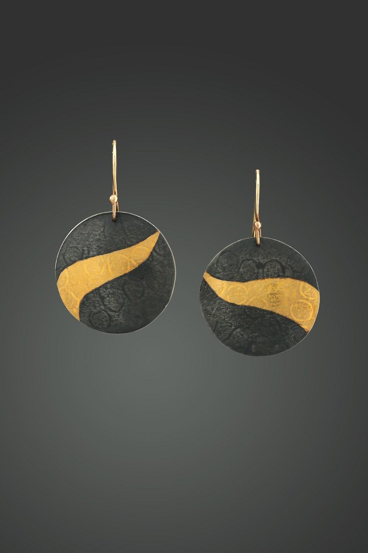 lookbook_earrings_3.jpg