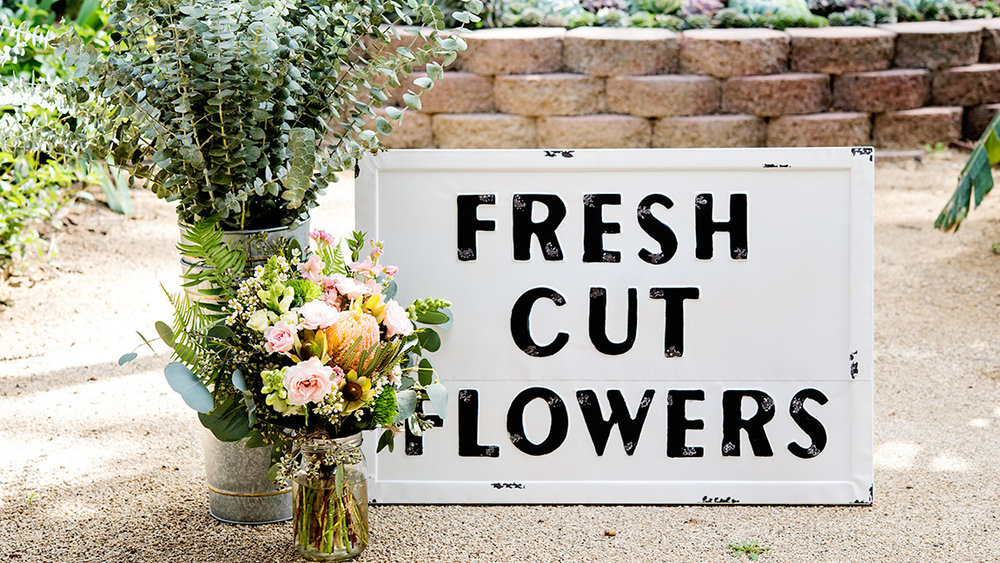 DKDesign_FreshCutFlowers.jpg