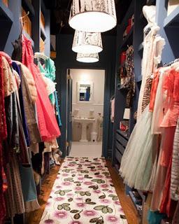 Carrie_closet.jpg