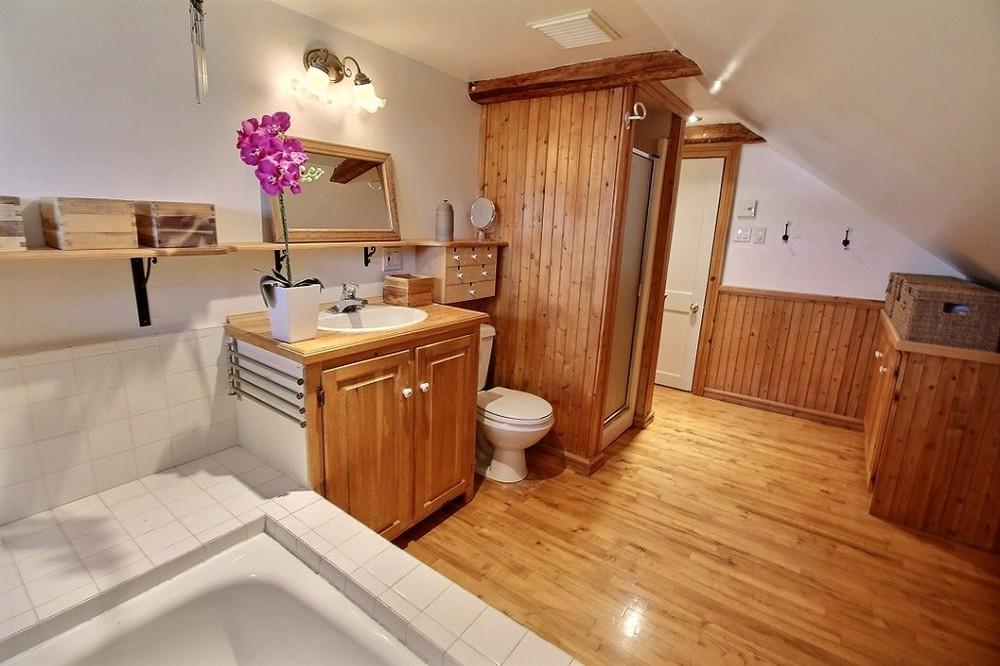 maison-rimouski-219-chemin-du-sommet-salle-de-bain