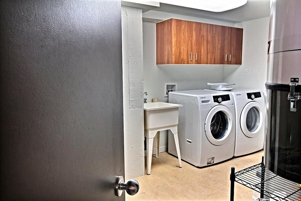 Salle-de-lavage-loft-quebec-rue-de-la-couronne