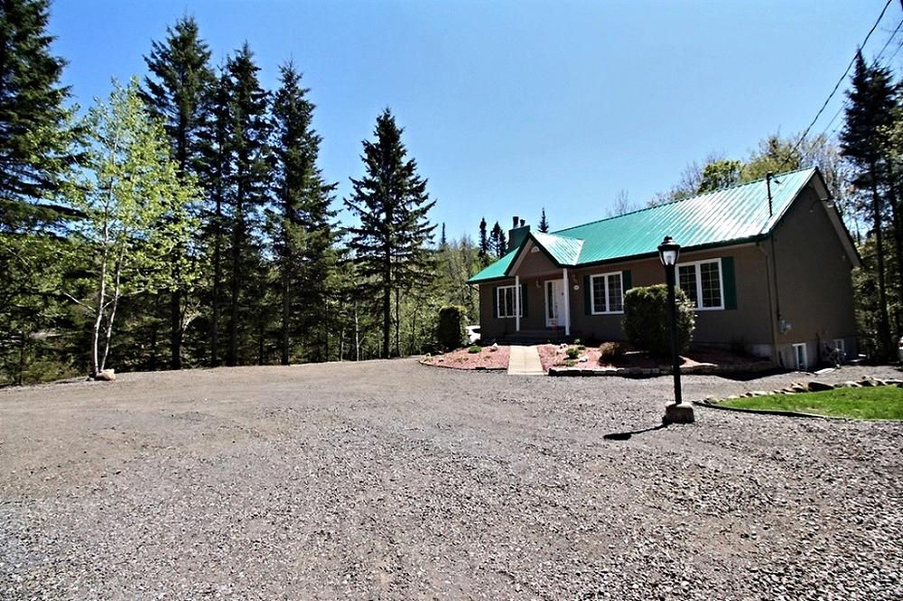 maison-à-vendre-293-chemin-des-lacs-lac-beauport-david-fafard+(36).jpg