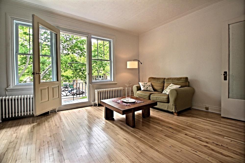 Condo-a-vendre-Montcalm-875-Calixa-Lavallee-Quebec-Entierement-renove-David-Fafard (2).jpg