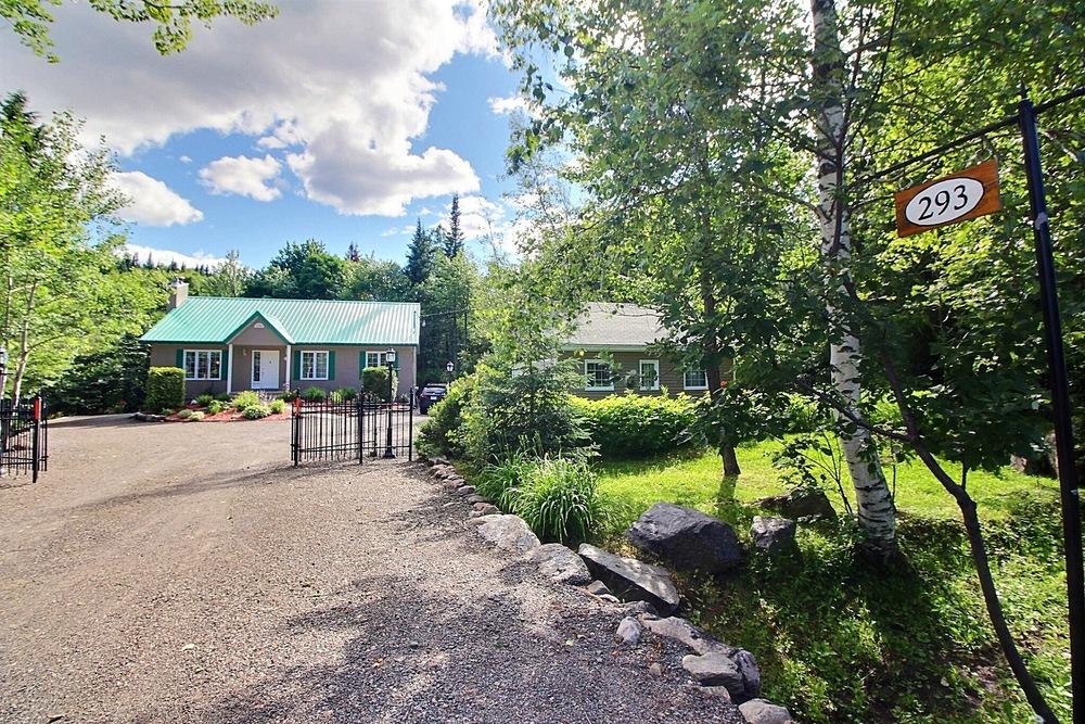 Maison bord de leau a vendre David Fafard Courtier immobilier