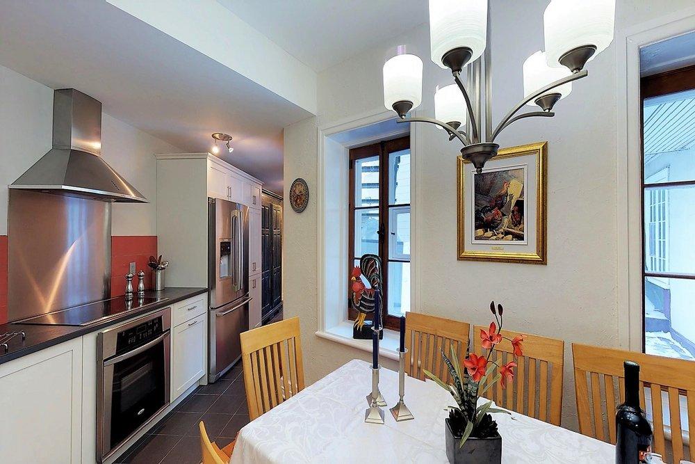 49-des-remparts-condo-a-vendre-vieux-quebec-david-fafard-courtier-immobilier-royal-lepage (3).jpg