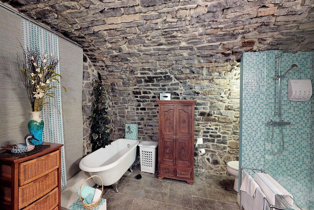 49-des-remparts-condo-a-vendre-vieux-quebec-david-fafard-courtier-immobilier-royal-lepage (7).jpg