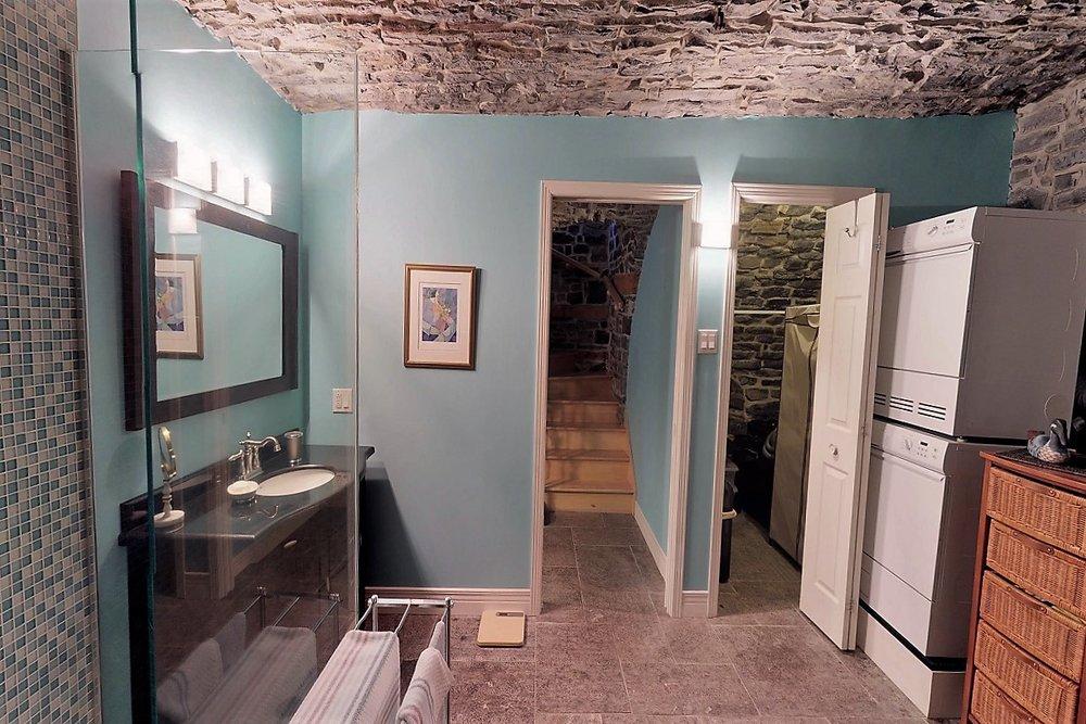 49-des-remparts-condo-a-vendre-vieux-quebec-david-fafard-courtier-immobilier-royal-lepage (9).jpg