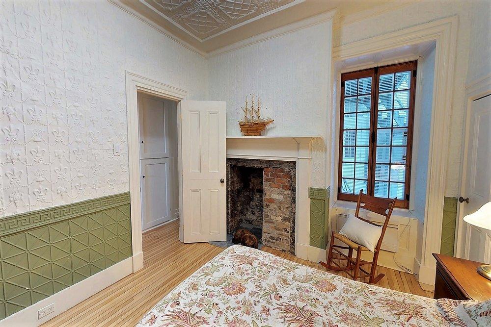 49-des-remparts-condo-a-vendre-vieux-quebec-david-fafard-courtier-immobilier-royal-lepage (20).jpg