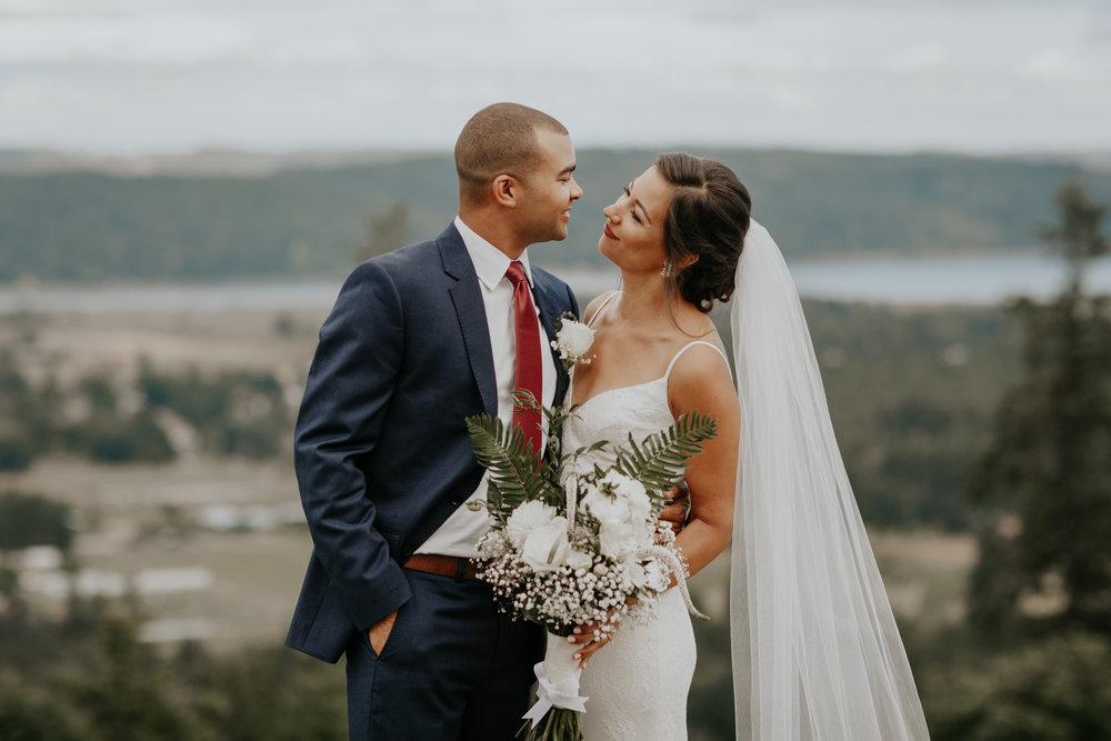 ginapaulson_aubreejeff_wedding-680.jpg