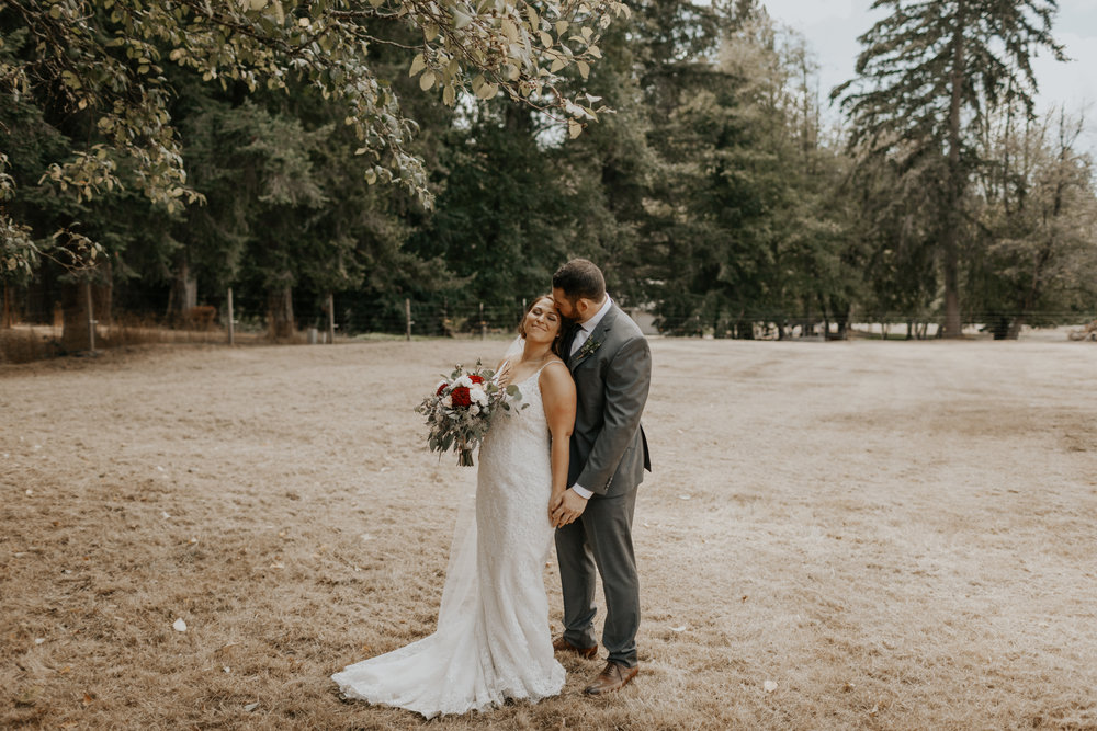 ginapaulson_baileykellen_wedding-163.jpg