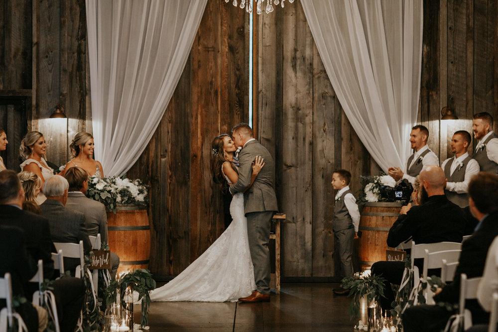 ginapaulson_katjohn_wedding-700.jpg