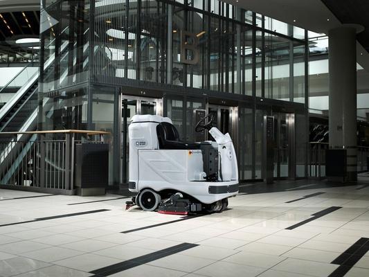 nilfisk-advance-plataforma-lavadora-de-piso-industrial-homem-a-bordo-adgressor-3820-d-c-robustez-e-produtividade-808819-FGR.jpg